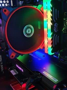 קירור לכרטיס זיכרון RGB